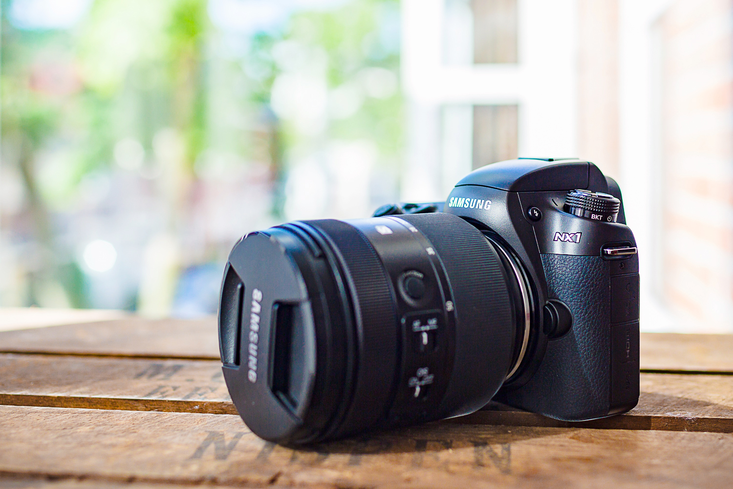 Samsung NX1, a dream camera to fit my tiny hands?